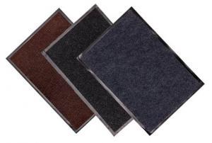 Состав: 100% полиэстер на ПВХоснове.  Страна производства: Китай  Толщина подложки: 1,2 мм. Высота ворса: 7мм.  Вес ворса (м2)-0.5 кг/м2  Вес (м2)-2,5 кг. Размер: 40*60 см, 50*80 см, 60*90 см,80*120 см, 90*150см Цвета: коричневый, серый,черный.